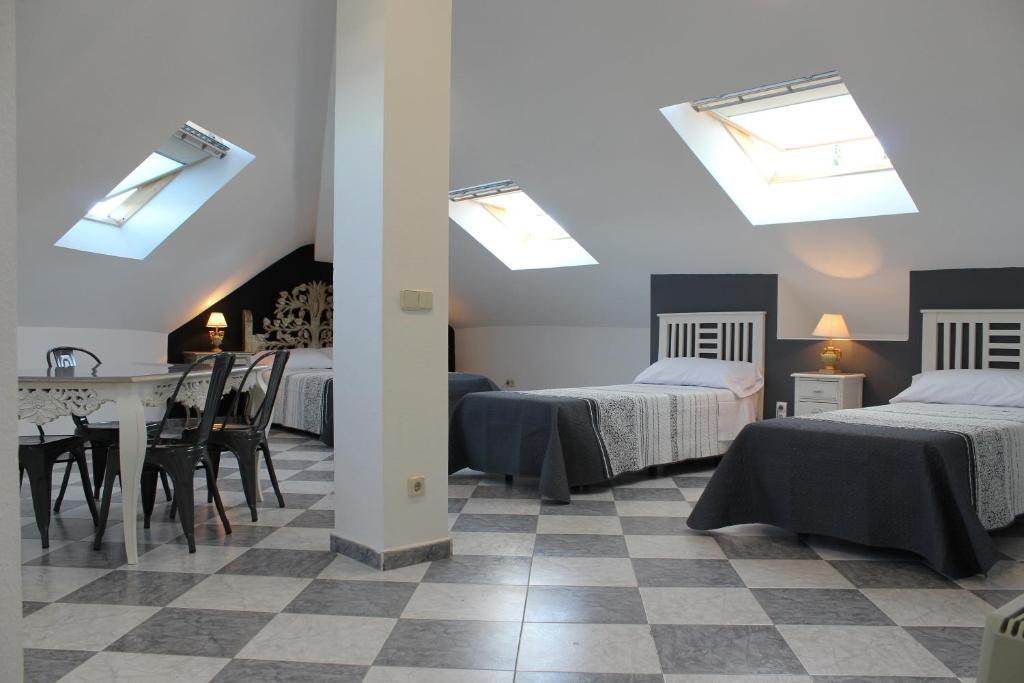 Guesthouse Hostal Las Encinas, Villaviciosa de Odón, Spain ...