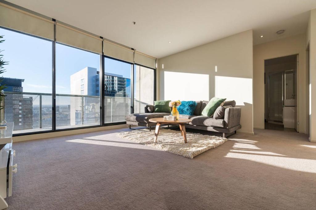 Marvelous Flagstaff Garden Large 2 Bedroom Modern Apartment Melbourne Home Interior And Landscaping Ologienasavecom