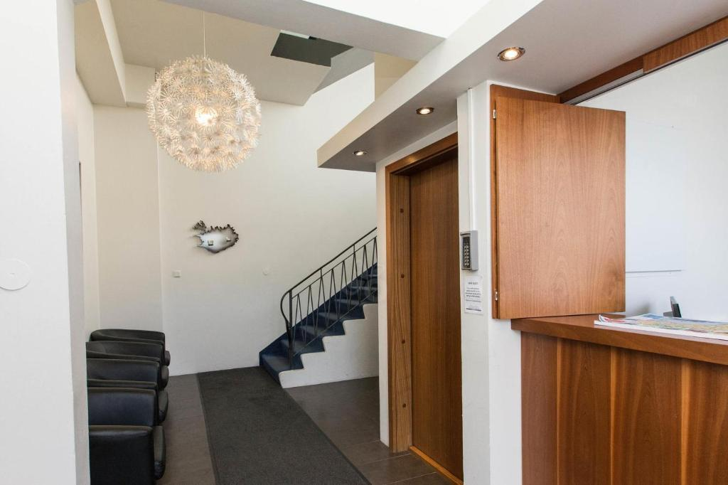 The lobby or reception area at Atlantic Apartments & Rooms