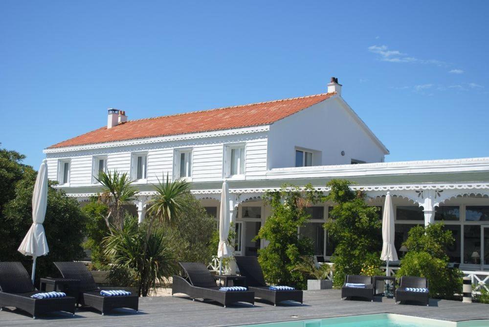 Hotel La Maison sur lEau (Francia Barbâtre) - Booking.com