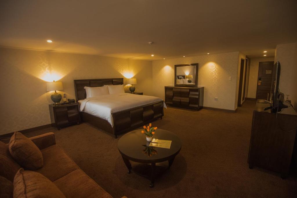 Roles Hotel (Bolivia Sucre) - Booking.com