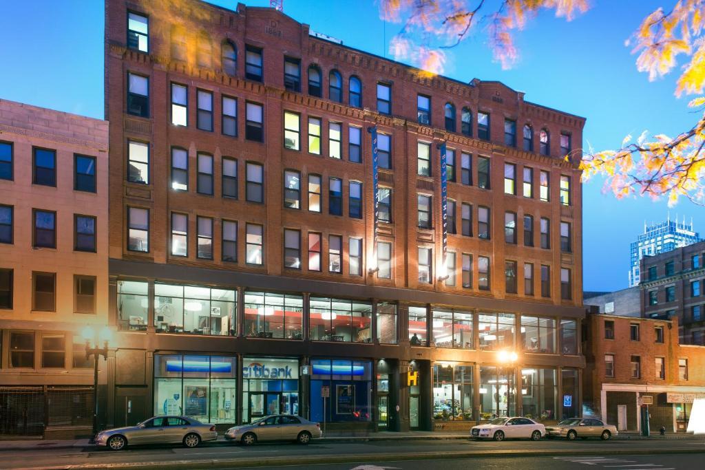 κλείσιμο μέρη Βοστόνηνέες ιστοσελίδες dating 2014 στις ΗΠΑ