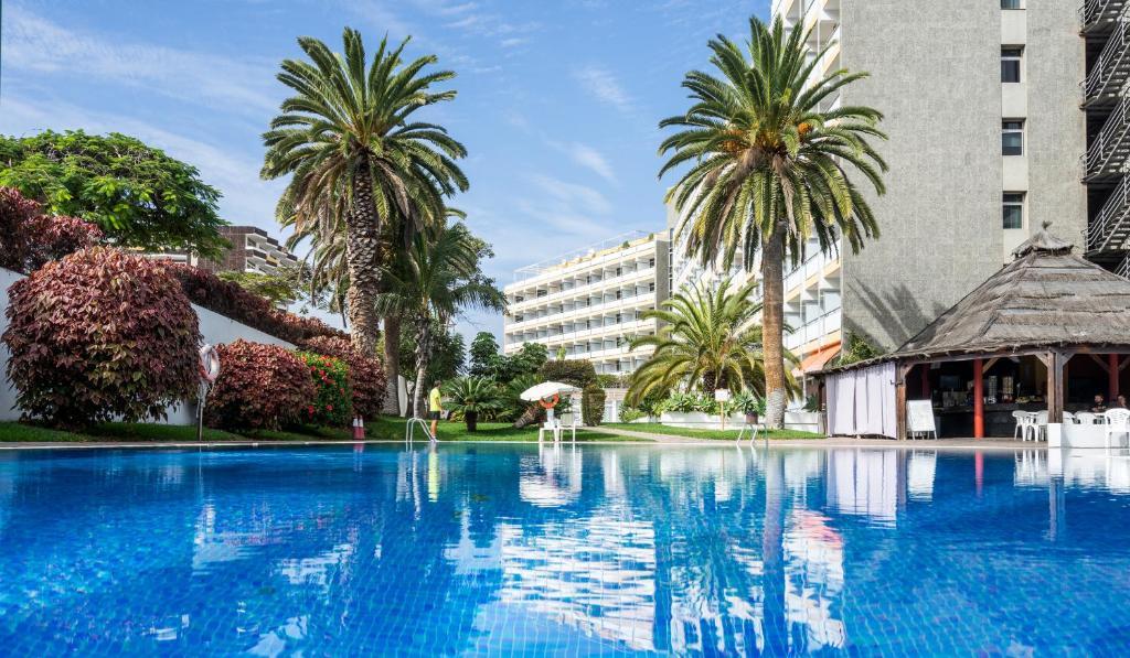 Het zwembad bij of vlak bij Hotel Blue Sea Interpalace