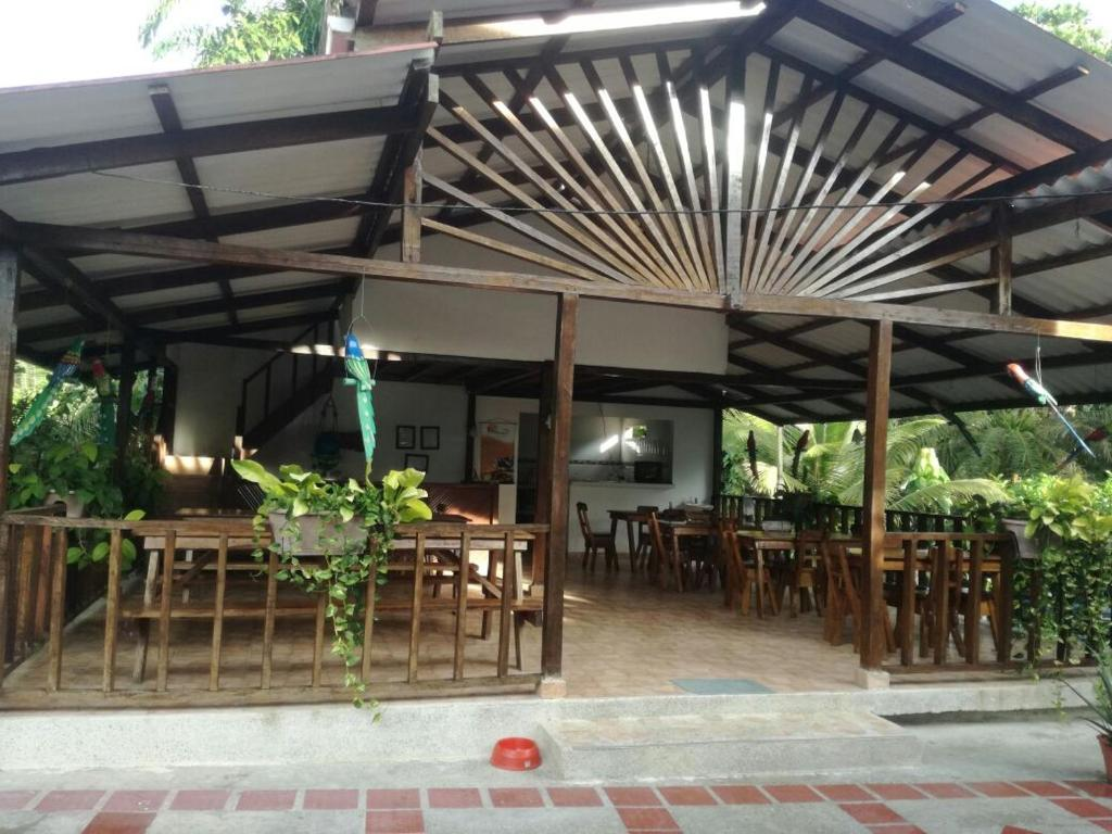 A restaurant or other place to eat at Hotel Brisas del Pacifico