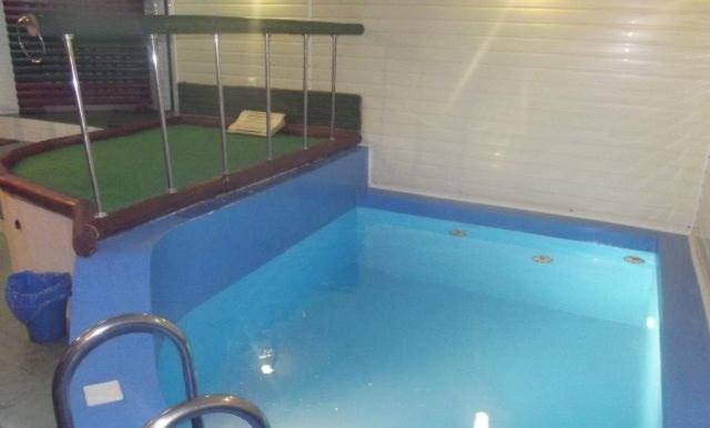 The swimming pool at or near Lesnoy Dom Mehzavod