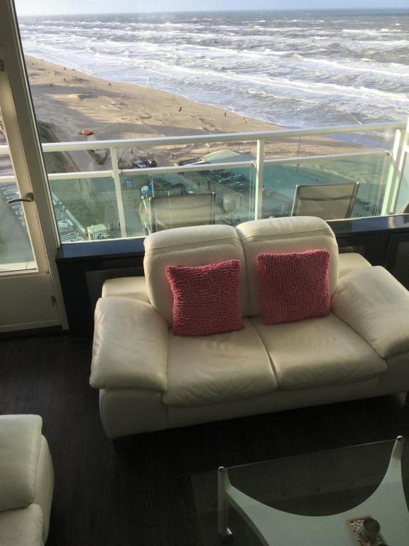Ein Sitzbereich in der Unterkunft Beach 51