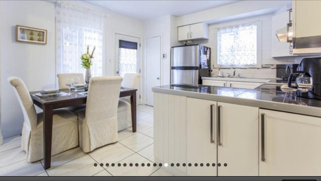 Köök või kööginurk majutusasutuses Apartment Condotel Montreal