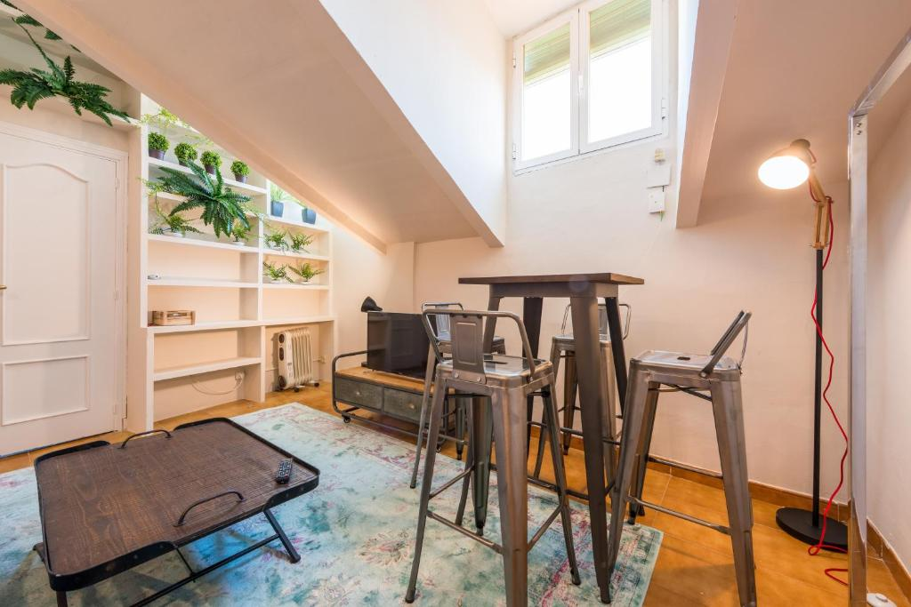 Apartamento Lavapiés Centro (LAV30), Madrid, Spain - Booking.com