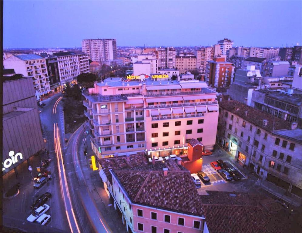 Fondamenta delle Zattere 1413, Dorsoduro, 30123 Venetsia, Italia – Tämä alue on.
