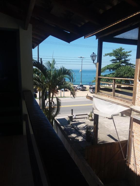 Uma varanda ou terraço em Aveiro Suítes Frente Ao Mar