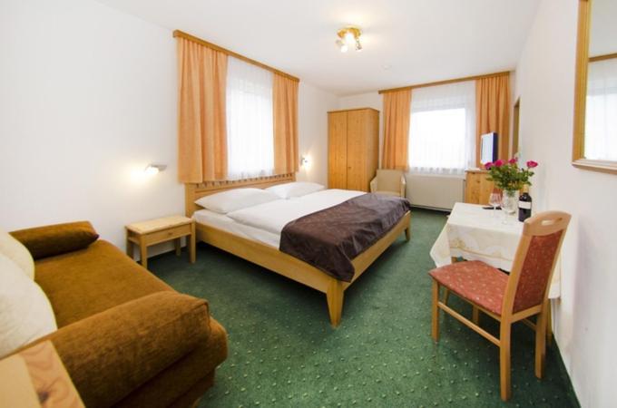 PR2: 2-Schlafzimmer-Apartment mit extra Esszimmer - Flats