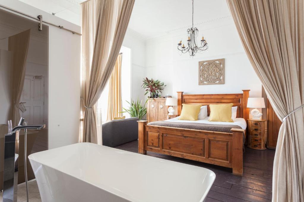 Zanzibar International Hotel, Hastings – Updated 2019 Prices on