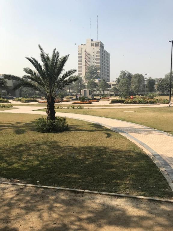 Dating pistettä Lahore