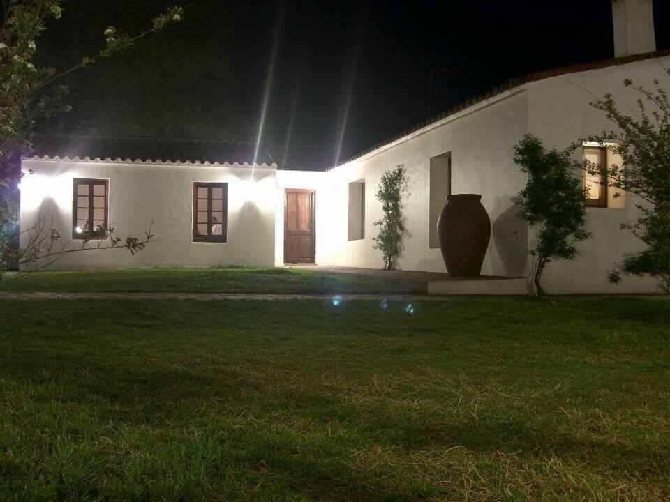Casa de campo El palomar, Cerro Colorado, Argentina ...