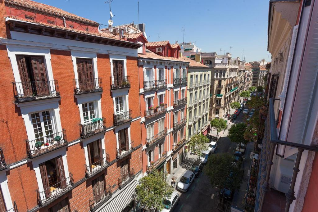 Apartment Fuencarral II, Madrid, Spain - Booking.com