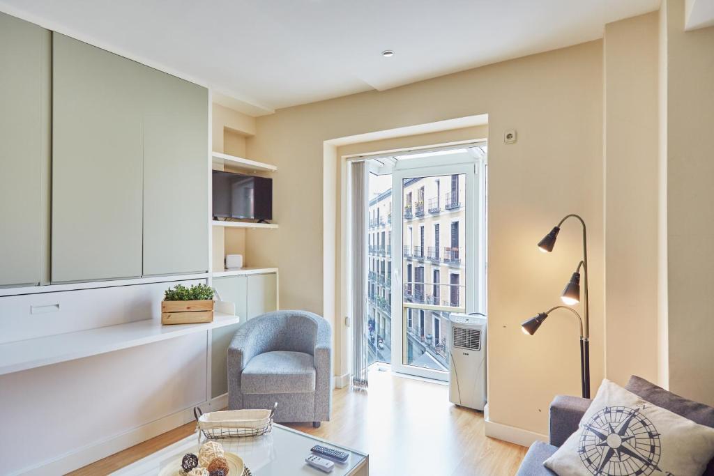 Apartment LEEWAYS LOFT in MAYOR, Madrid, Spain - Booking.com