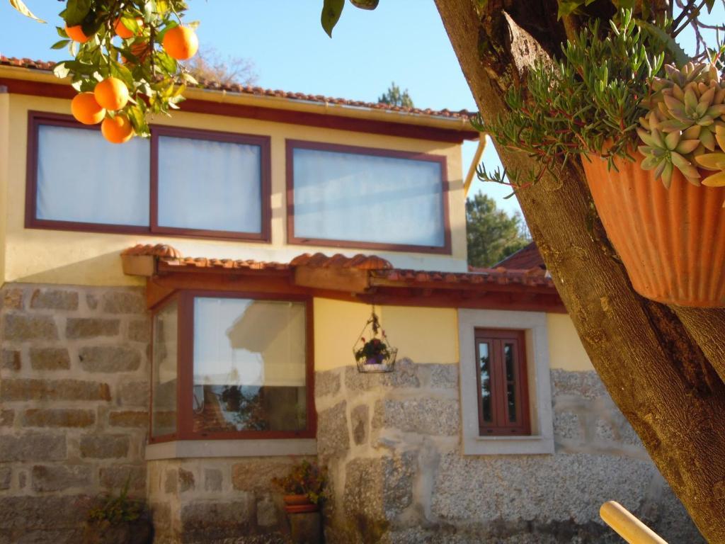 Casa de campo Alpendre (Portugal Guimarães) - Booking.com