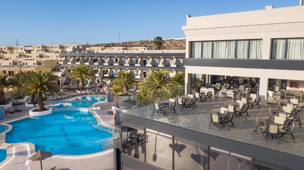 Vista de la piscina de Kn Hotel Matas Blancas - Solo Adultos o alrededores