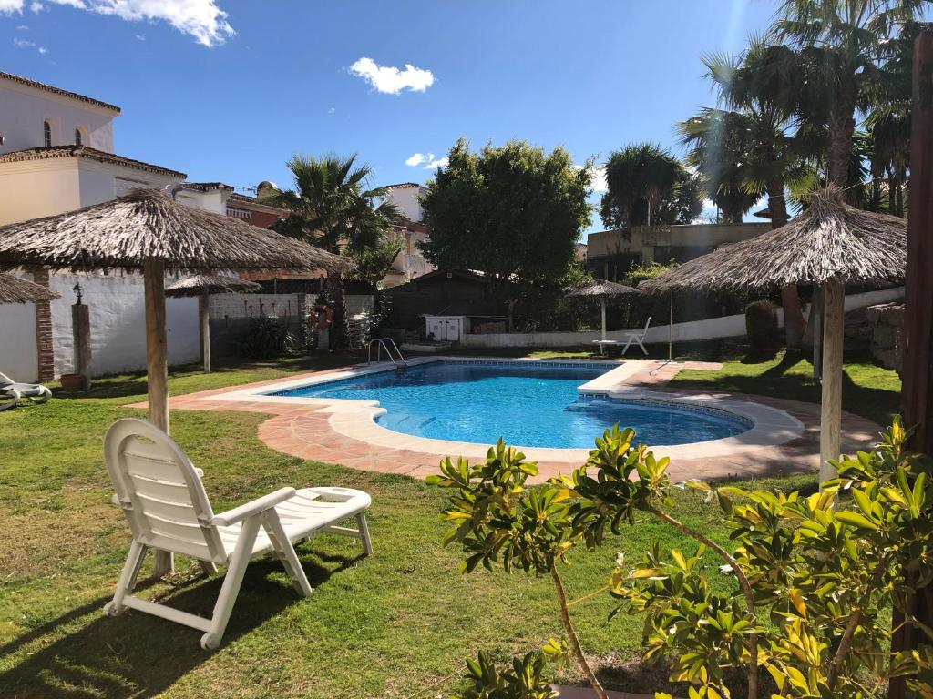 Seashape Apartment in Manilva, Manilva – Precios ...