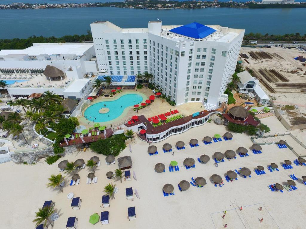 Resort Sunset Royal Cancun Mexico Booking Com