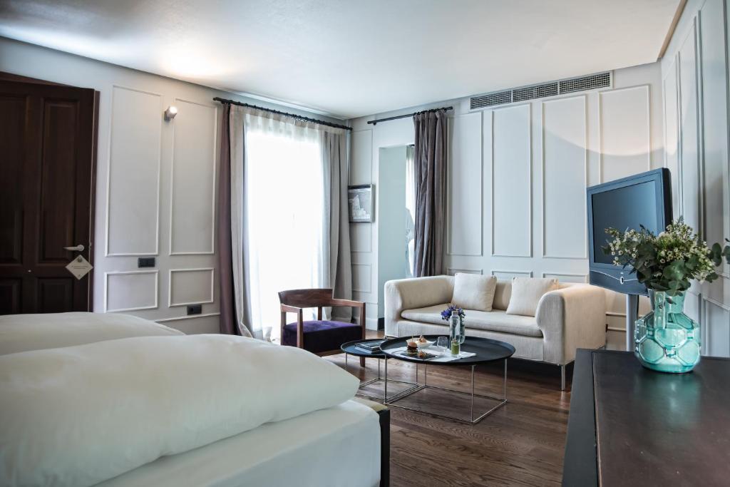 منطقة جلوس في فندق بالاسيو ديه فيلابانيس