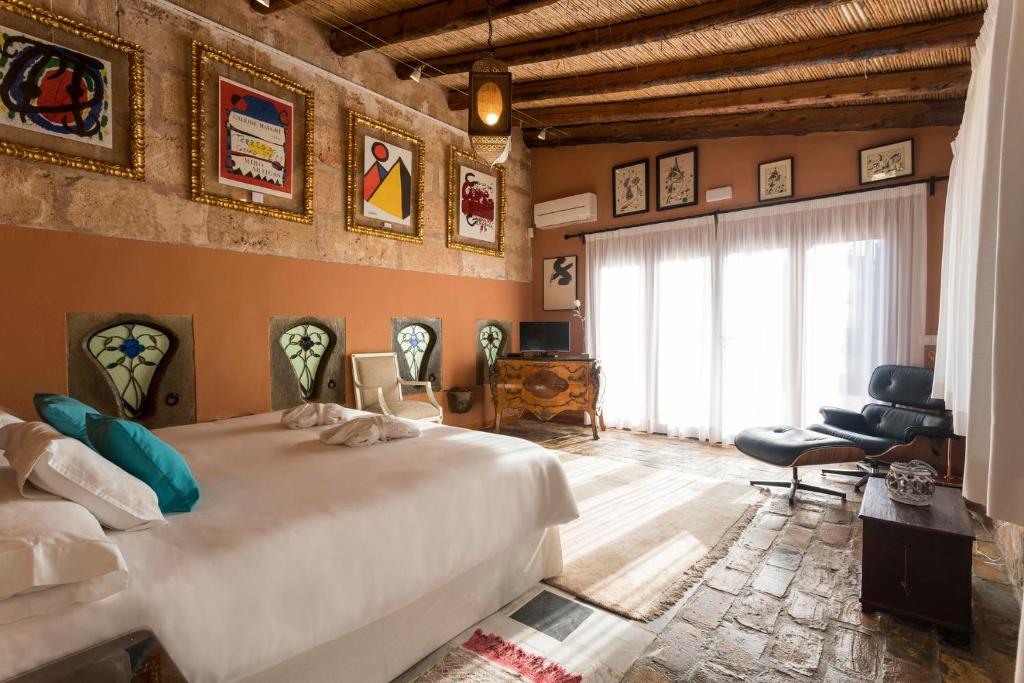 boutique hotels in campos  40