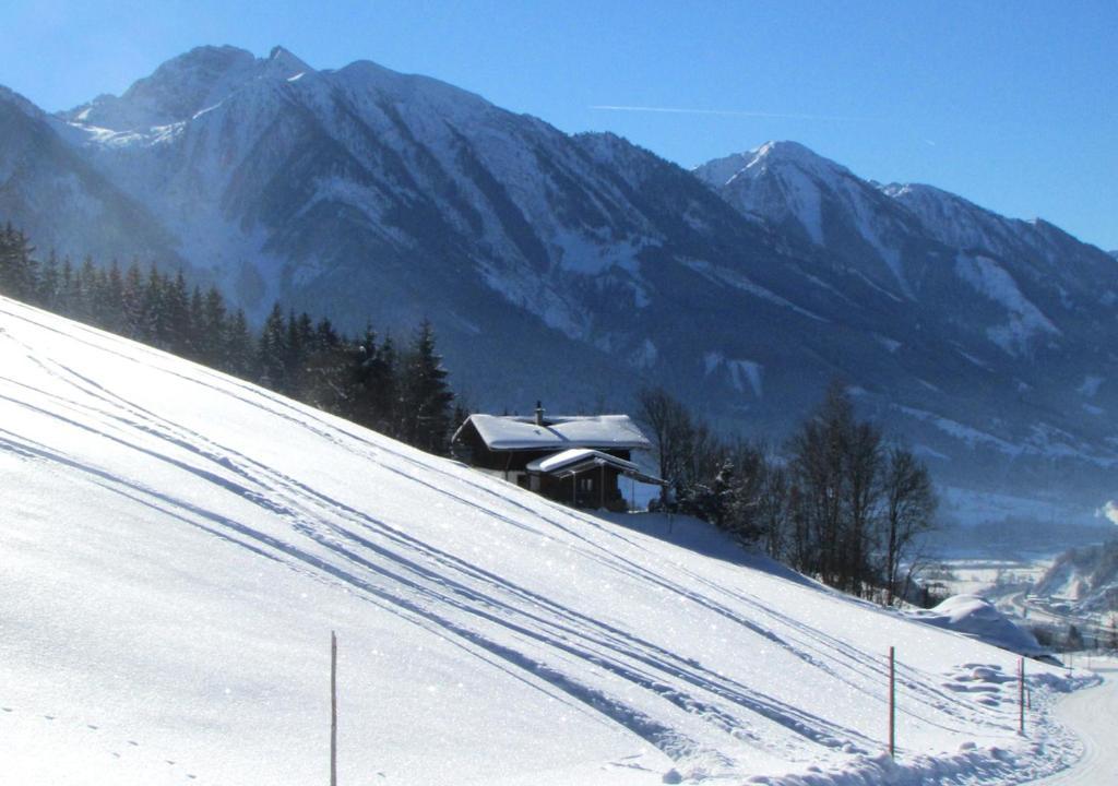Art Chalet Vorderschuhzach im Winter