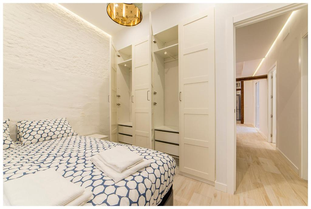 Casa diseño en Tirso de Molina, Madrid – Updated 2019 Prices