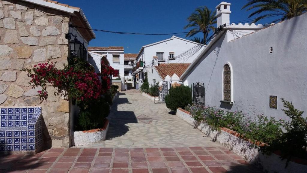 Casa al borde del mar, El Campello – Precios actualizados 2019