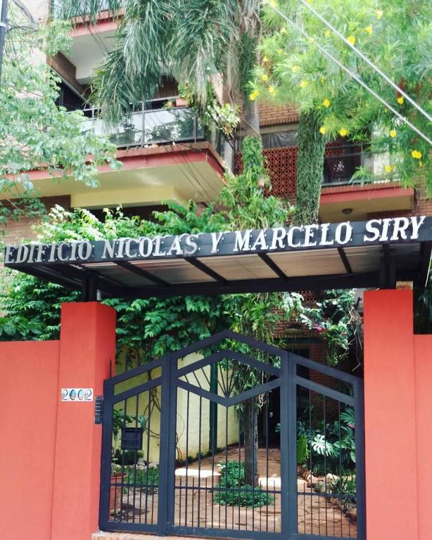 Edificio Nicolas y Marcelo Siry