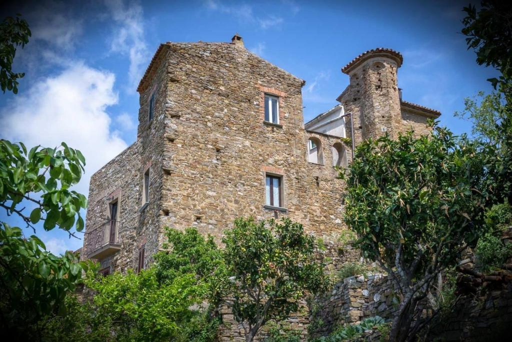 Caseificio Fontana Pietra.Guesthouse Borgoinpietra Galdo Italy Booking Com