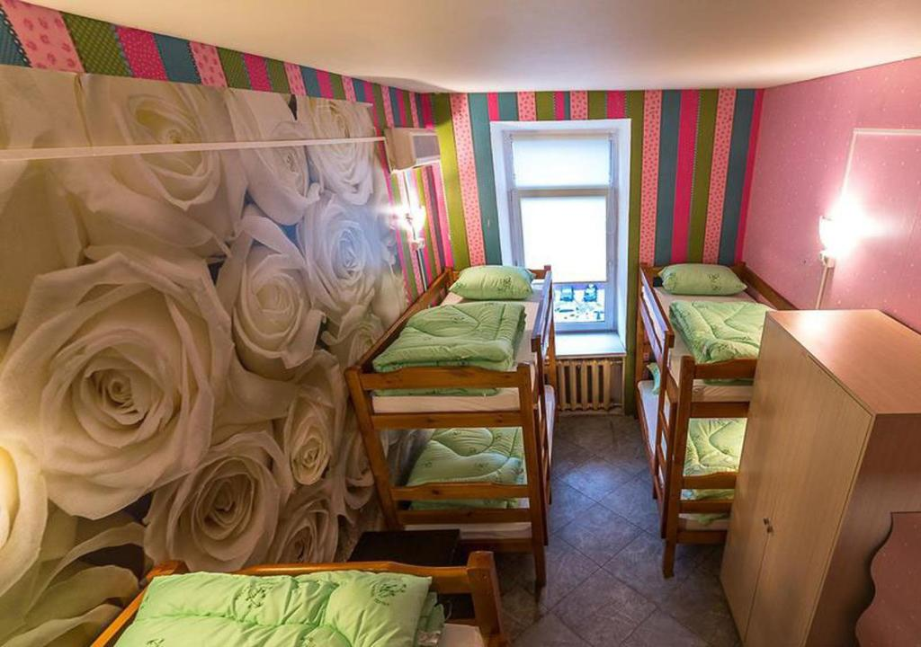 A bunk bed or bunk beds in a room at Hostel Time at the Red Gate