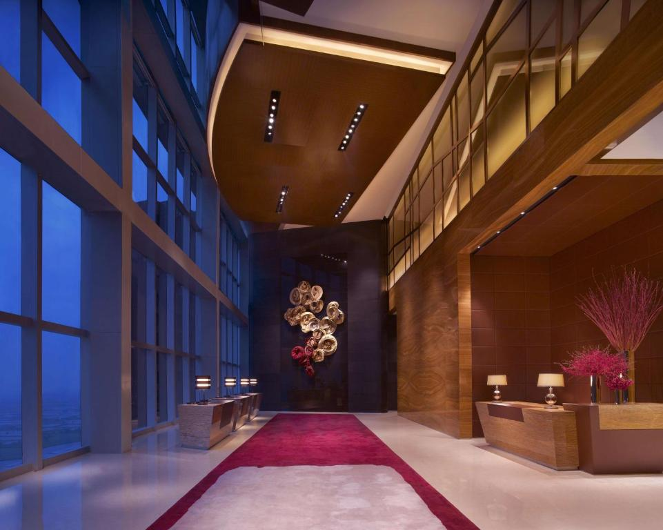 The lobby or reception area at Grand Hyatt Shenzhen