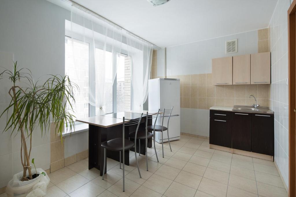 Кухня или мини-кухня в Hostel RAMN