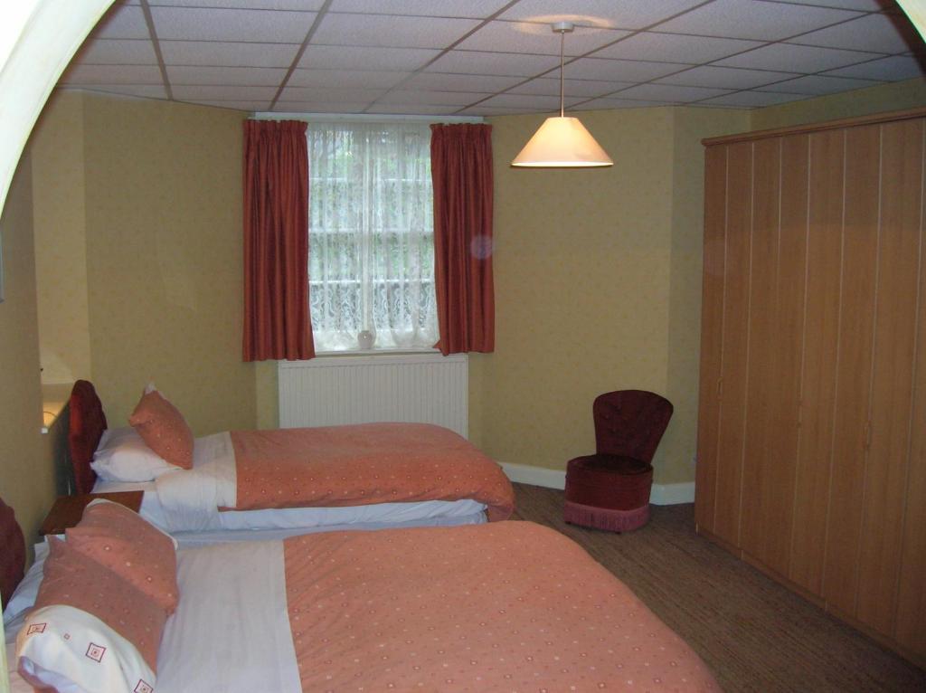 Ebury Serviced Apartments