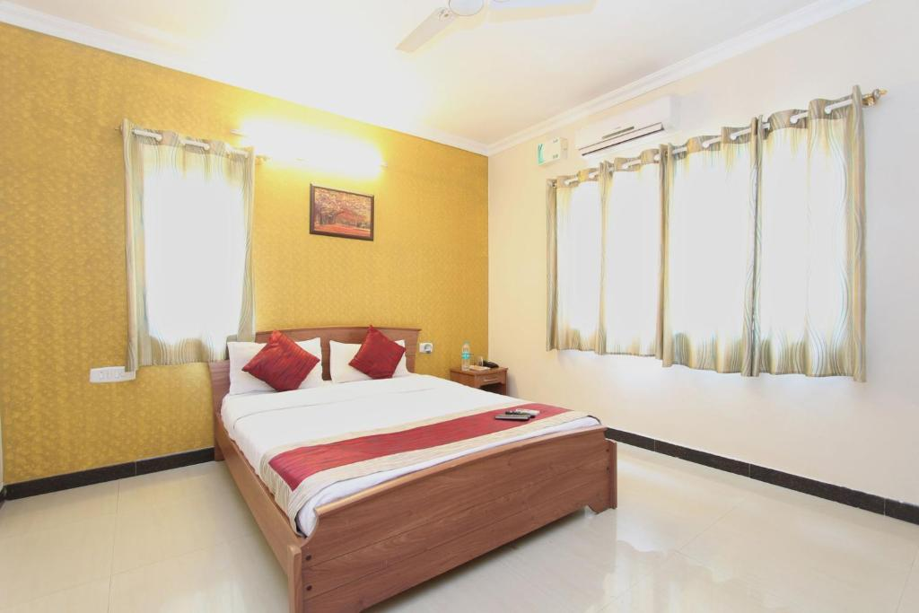 Hotel Oyo Rooms Dollars Colony Bangalore India Bookingcom