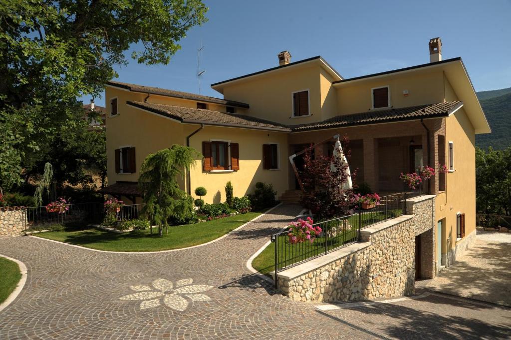Edificio in cui si trova the country house