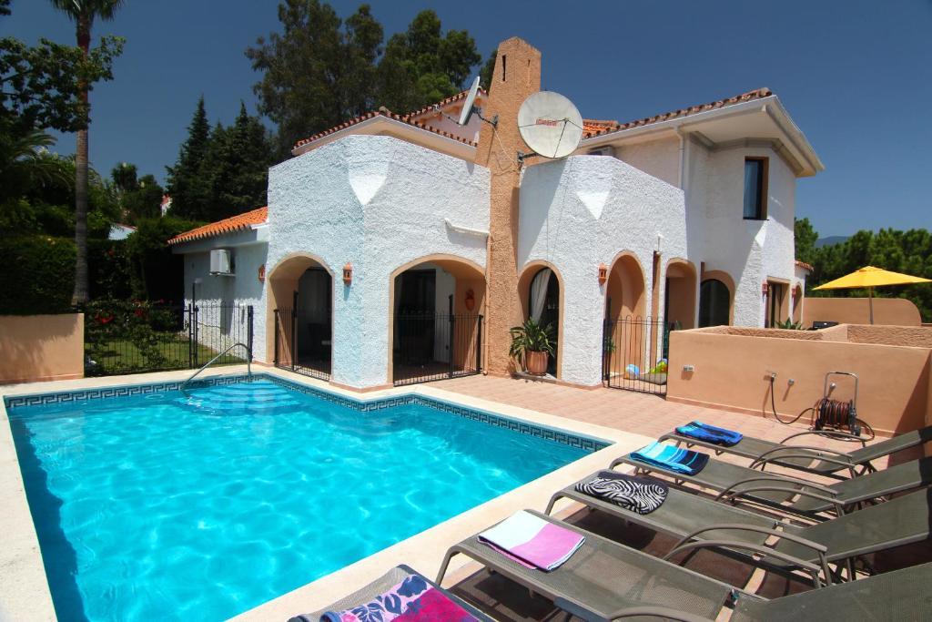 Villa Los Pulus, Marbella – Precios actualizados 2019