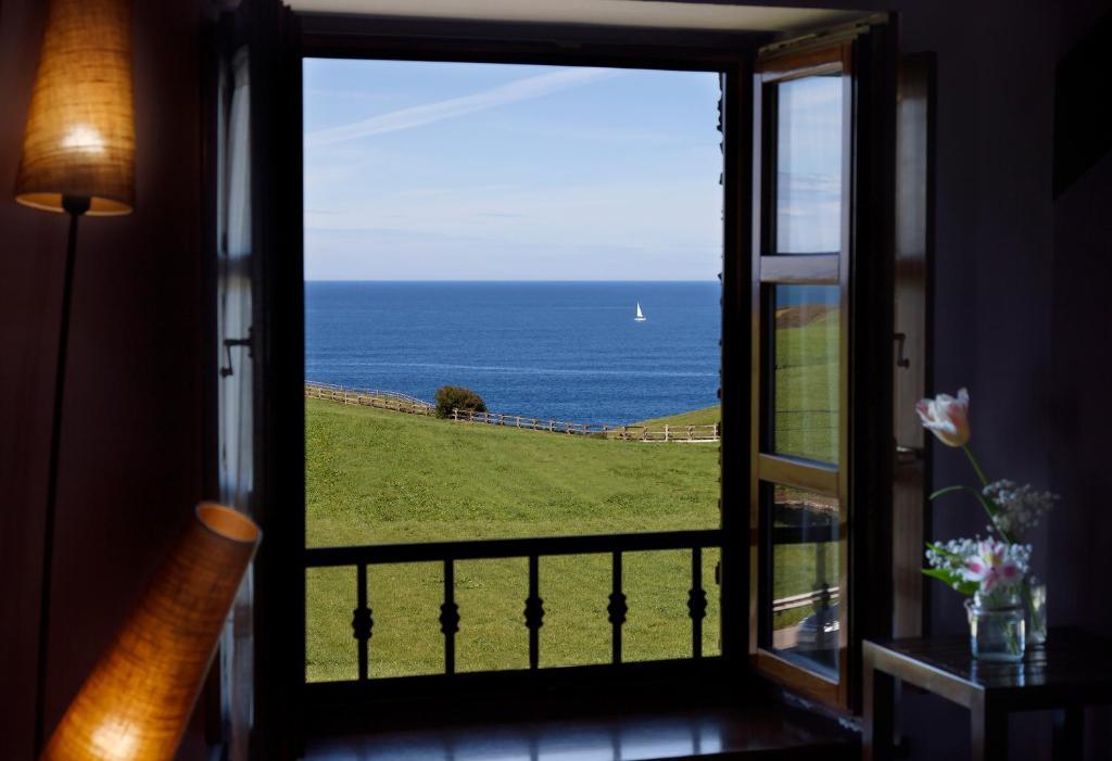hotels with  charm in puerto de vega  43