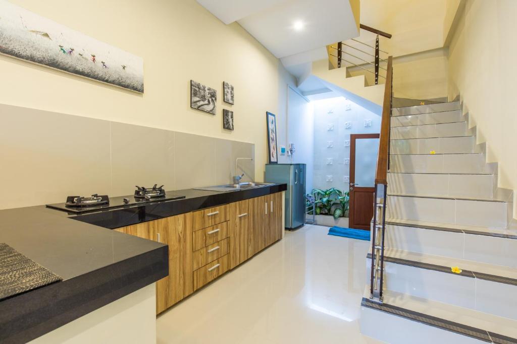Villa Hitam Putih Seminyak Indonesia Booking Com