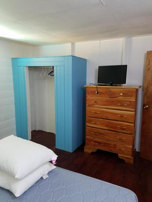 هتل Cali Cottages