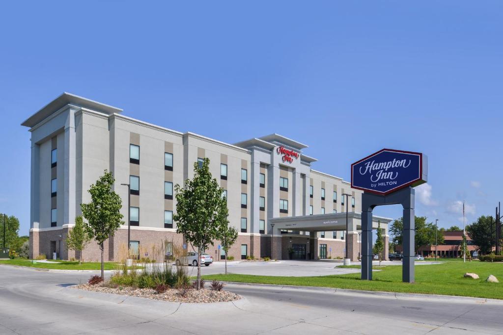 Hampton Inn by Hilton Omaha Airport.