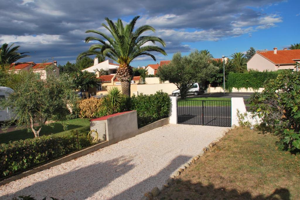 Maison de Village (Francia Saint-Cyprien) - Booking.com