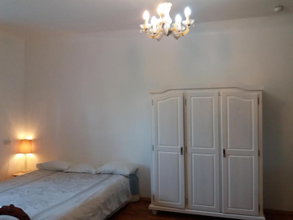 Vuode tai vuoteita majoituspaikassa Suur-Karja 18 Penthouse Apartment