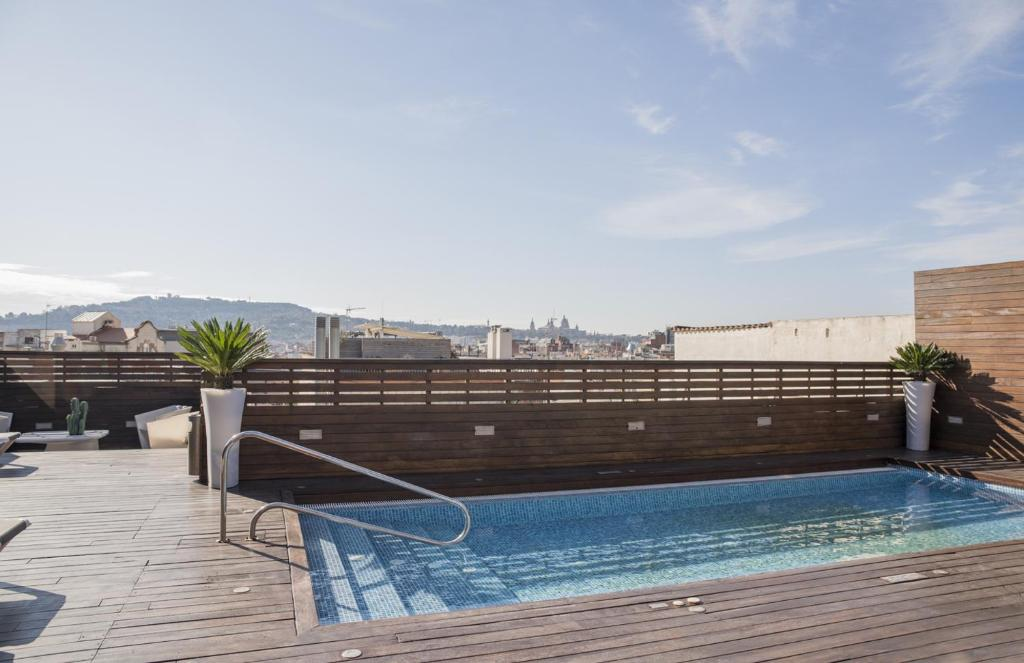 The swimming pool at or near Hotel Lleó