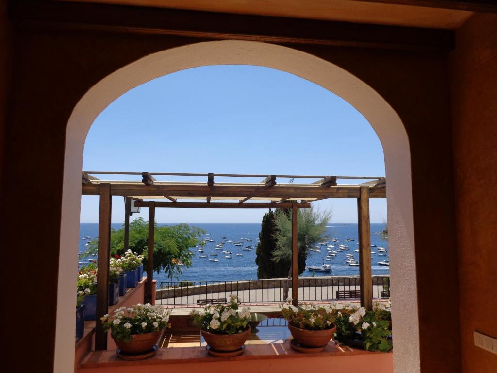 Casa Frente Al Mar, Calella de Palafrugell – Precios ...