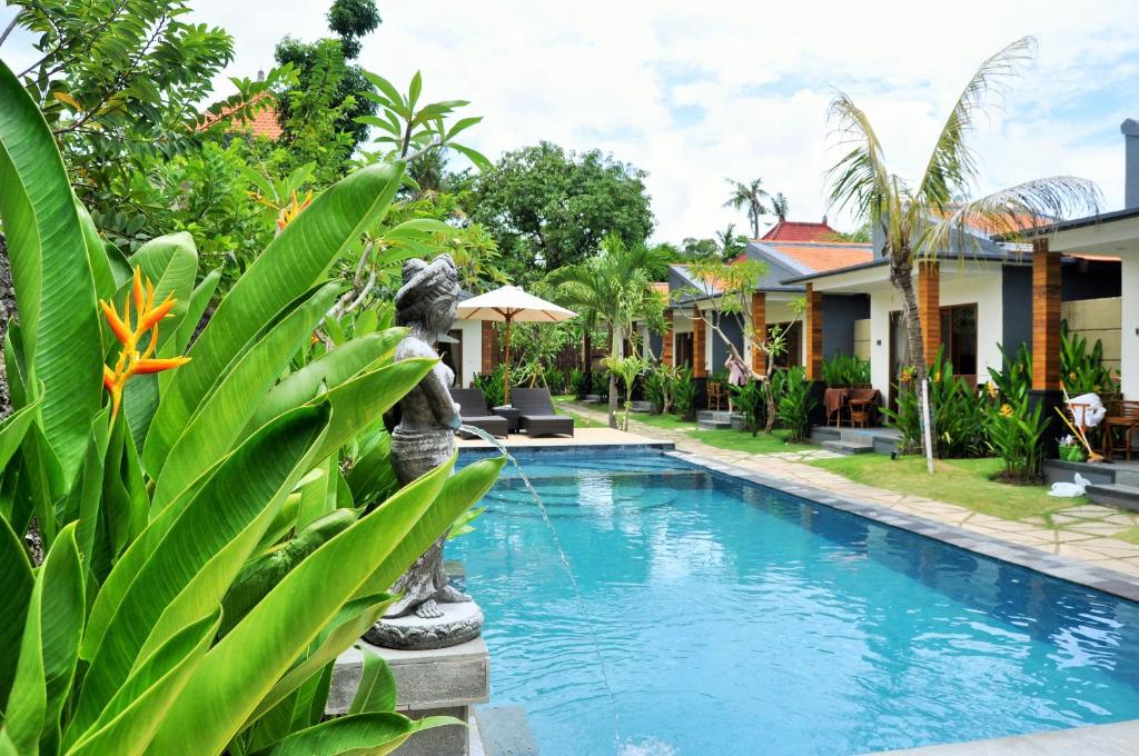 Swimmingpoolen hos eller tæt på Singabu Bungalows