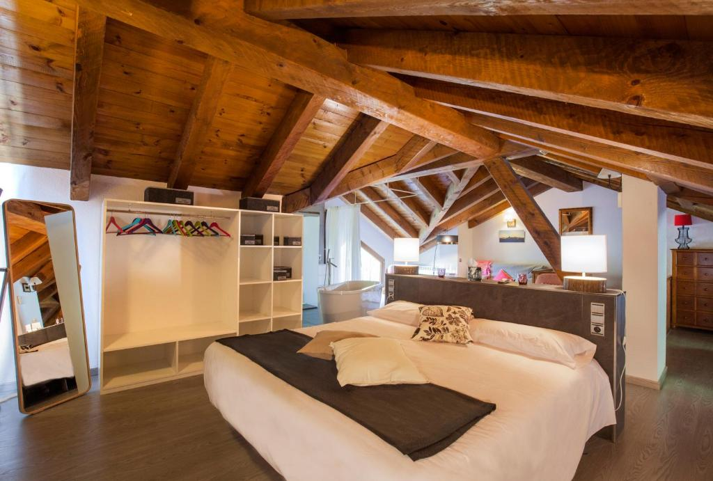 boutique hotels andorra  104