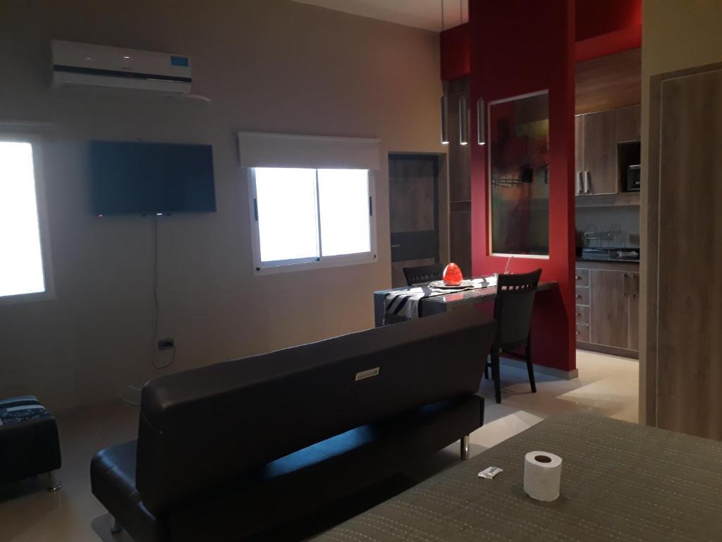 Una televisión o centro de entretenimiento en Alquileres Temporarios en San Juan