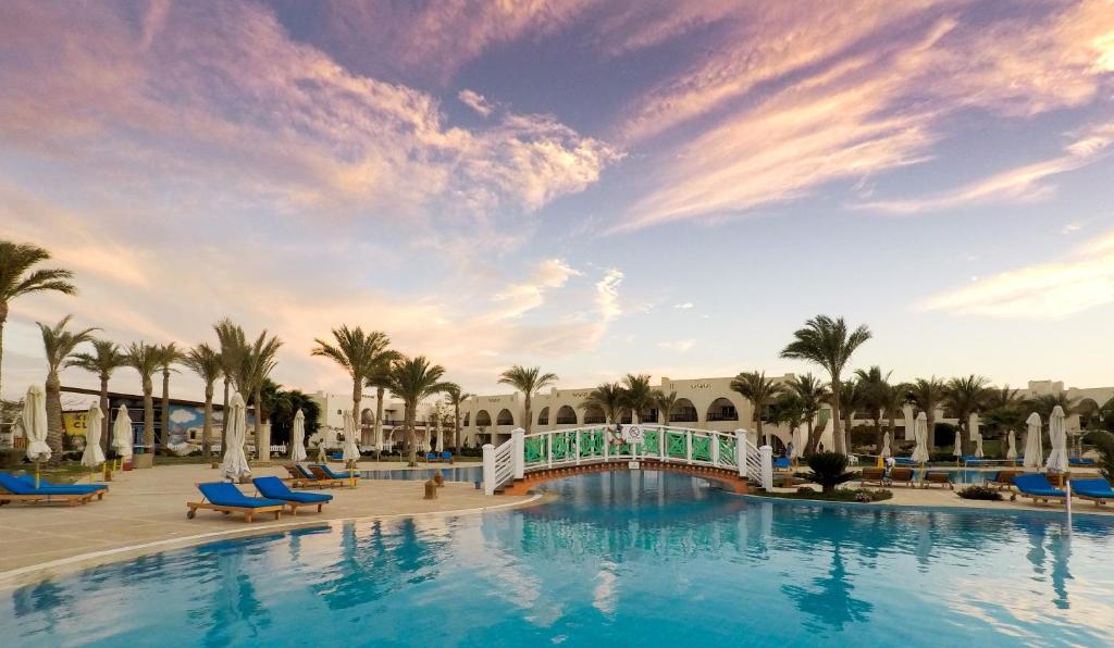 The swimming pool at or near Hilton Marsa Alam Nubian Resort